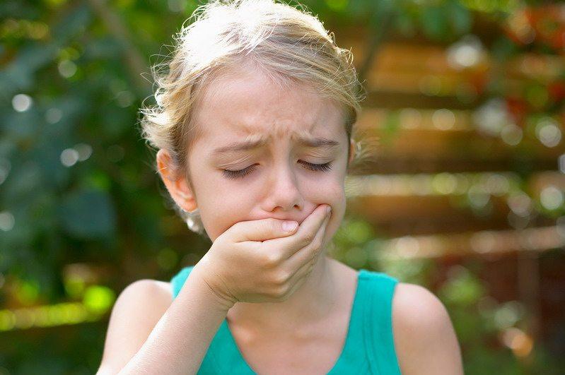 A hányás és a hasmenés lehet az egyik kulcstünet a koronavírusos gyerekeknél - Qubit